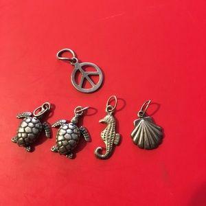 Jewelry - Mini silver pendants